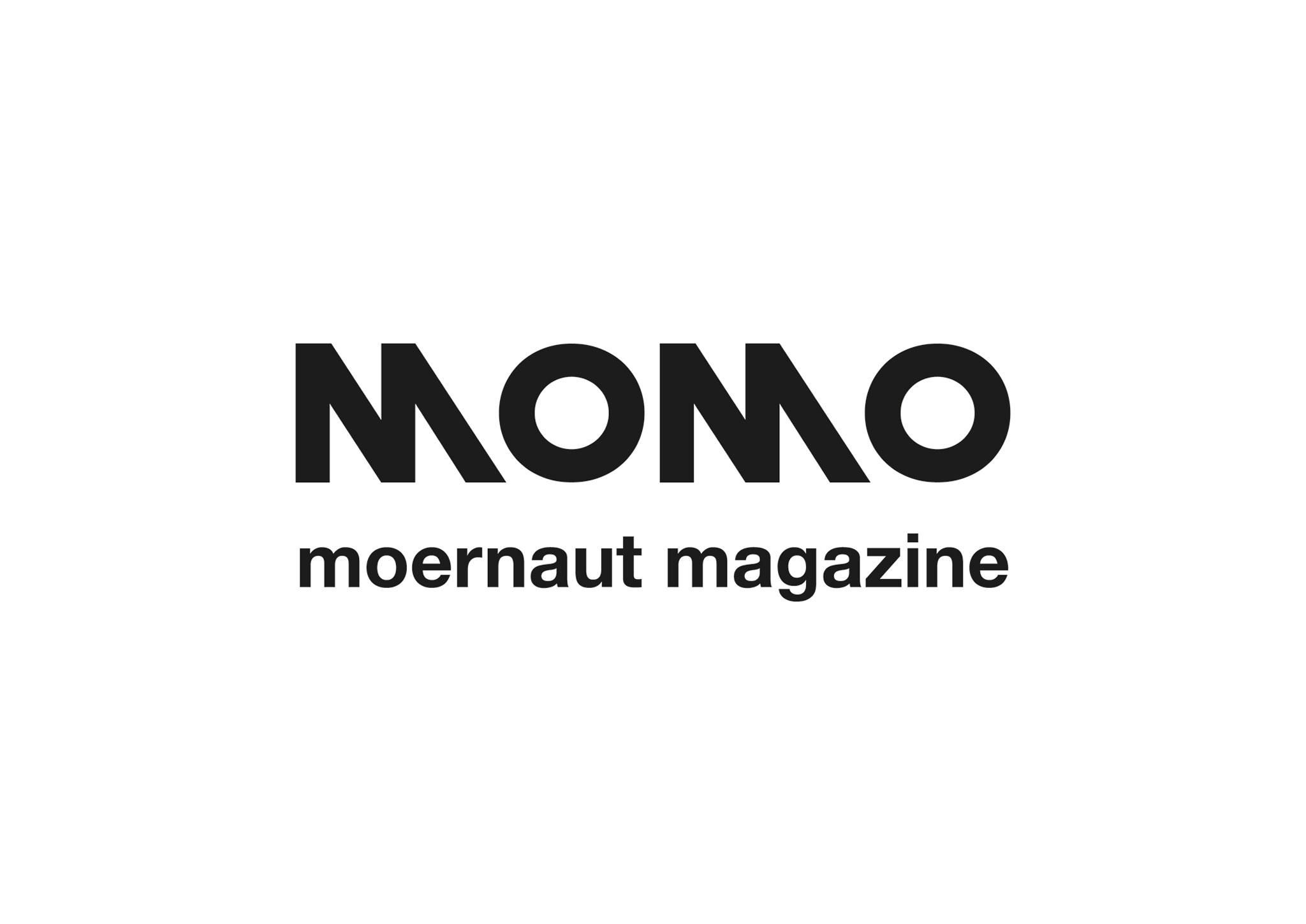 MOMOMAGAZINE Logo